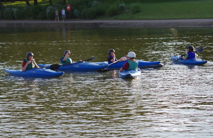 Kayaking at Fairlands Valley